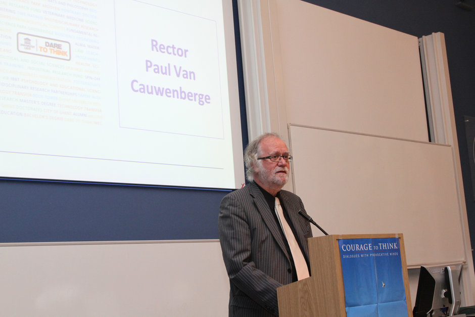 Launch event: verwelkoming en inleiding door prof. Paul Van Cauwenberge, rector UGent